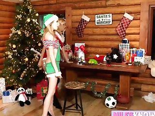 Mrs Santa Makes Hookup Fucktoys Fake Penises For Teenagers Humid Labia