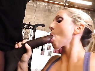 Cuckolding Mummy Gets Big Tits Spermed